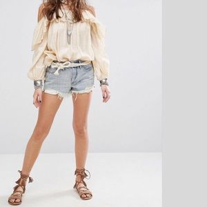FREE PEOPLE Daisy Lace Cut Off short NWT